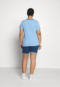 Levi's® Plus - PERFECT CREW - T-shirts med print - blue - 2