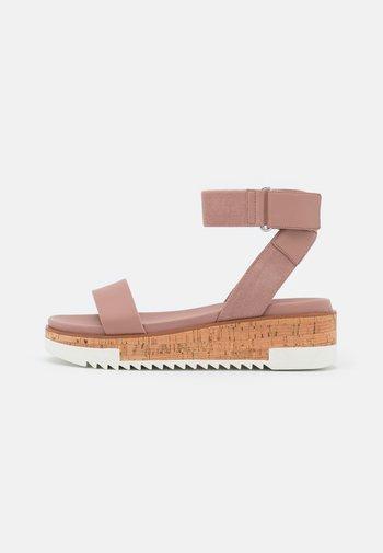 FLACHSEE - Platform sandals - light pink