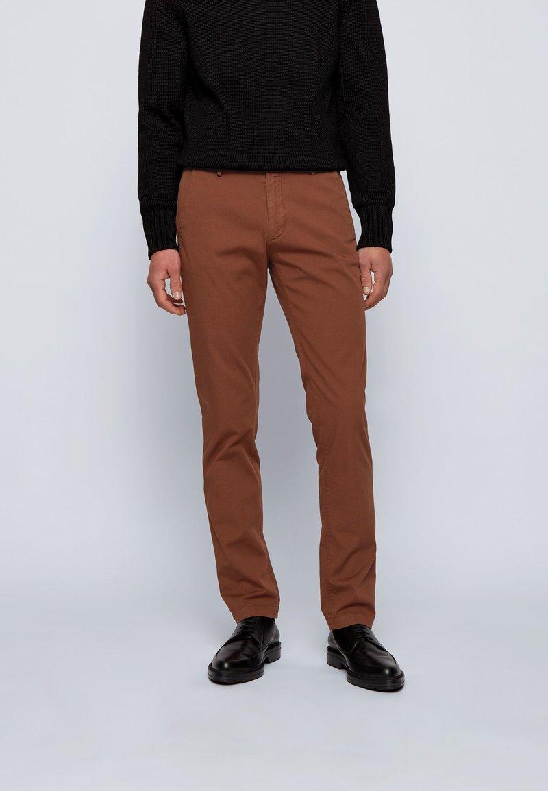 BOSS - RICE3-D SLIM FIT - Chino - brown
