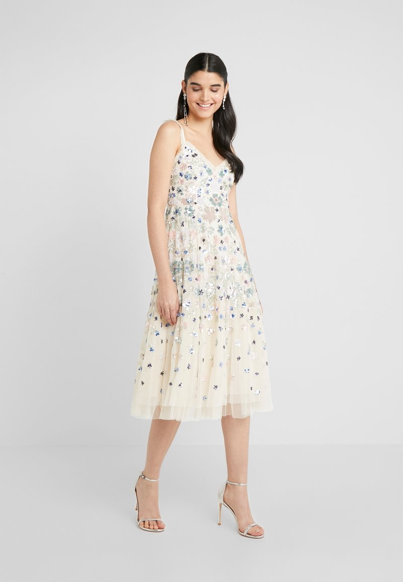 Needle & Thread - WILDFLOWER SEQUIN MIDI DRESS - Cocktailklänning - champagne