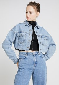 Topshop - HACKED OFF CROP - Denim jacket - blue denim - 0
