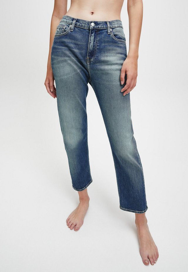 MID RISE BOYFRIEND  - Relaxed fit jeans - mid  blue