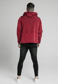 SIKSILK - ZIP THROUGH WINDBREAKER JACKET - Giacca leggera - red - 2