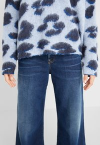 BOSS - INDIANIS - Sweatshirt - blue - 7