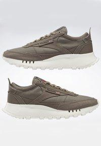 Reebok Classic - LEGACY  - Sneakers - grey - 5