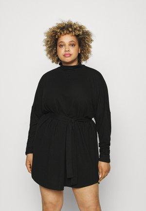 NMCITYAVA SHORT DRESS - Abito in maglia - black
