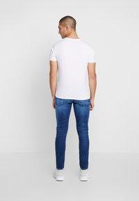 Diesel - TEPPHAR-X - Slim fit jeans - 0095n01 - 2