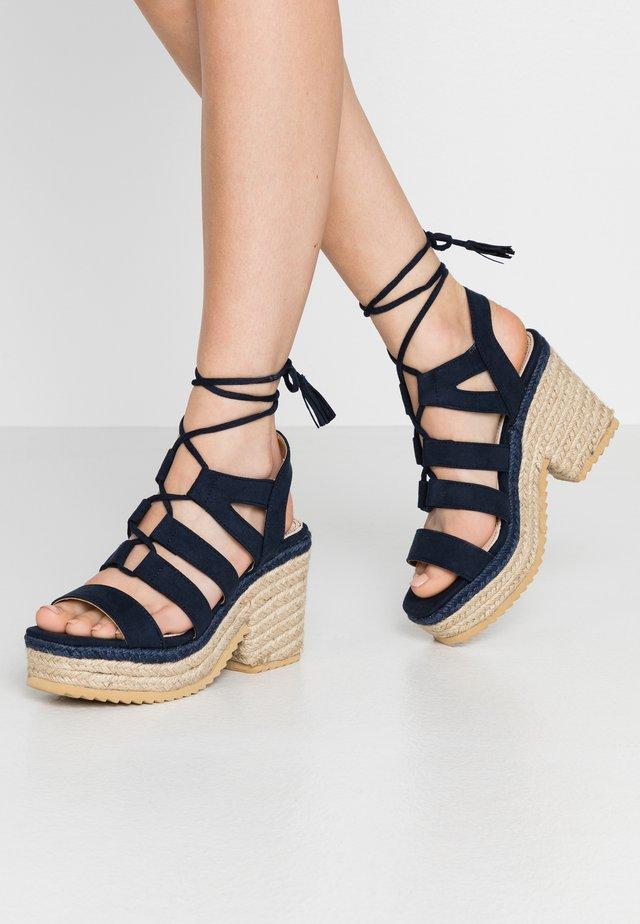 CAMBA - Sandály na vysokém podpatku - antil marino
