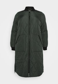 ONLY Carmakoma - CARCARROT LONG QUILTED JACKET - Kåpe / frakk - forest night - 3