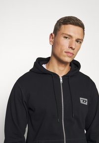 Diesel - UMLT BRANDON - Pyjama top - black - 4