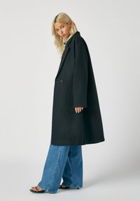 PULL&BEAR - Classic coat - mottled black - 2