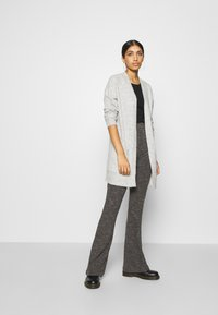 ONLY - ONLCORINNE  - Cardigan - light grey melange - 1