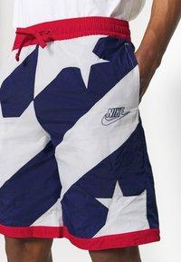 Nike Performance - THROWBACK - Sports shorts - blue void/white/university red - 4