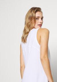 Cotton On Body - LONGLINE SPLIT HEM TANK - Toppi - white - 3