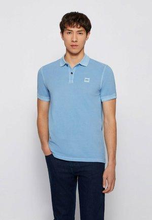 PRIME - Polo shirt - open blue