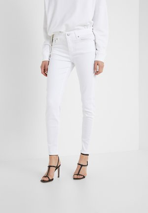 NEED - Skinny džíny - white denim