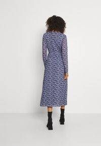 NA-KD - OVERLAP MIDI DRESS - Maxi dress - purple - 2