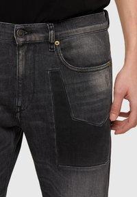 Diesel - Slim fit jeans - black/dark grey - 3