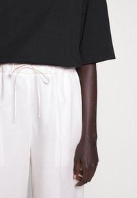 Filippa K - ARIA TROUSER - Trousers - faded pink - 3