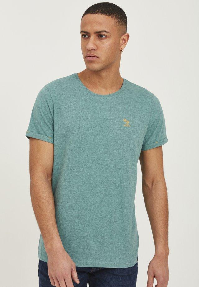 Basic T-shirt - aquifer