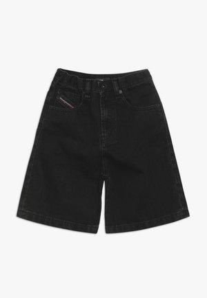 PBRON - Shorts vaqueros - denim nero