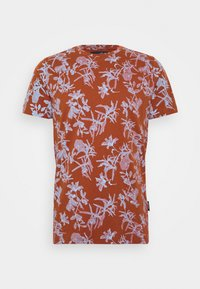 JANNIK TEE - Print T-shirt - picante