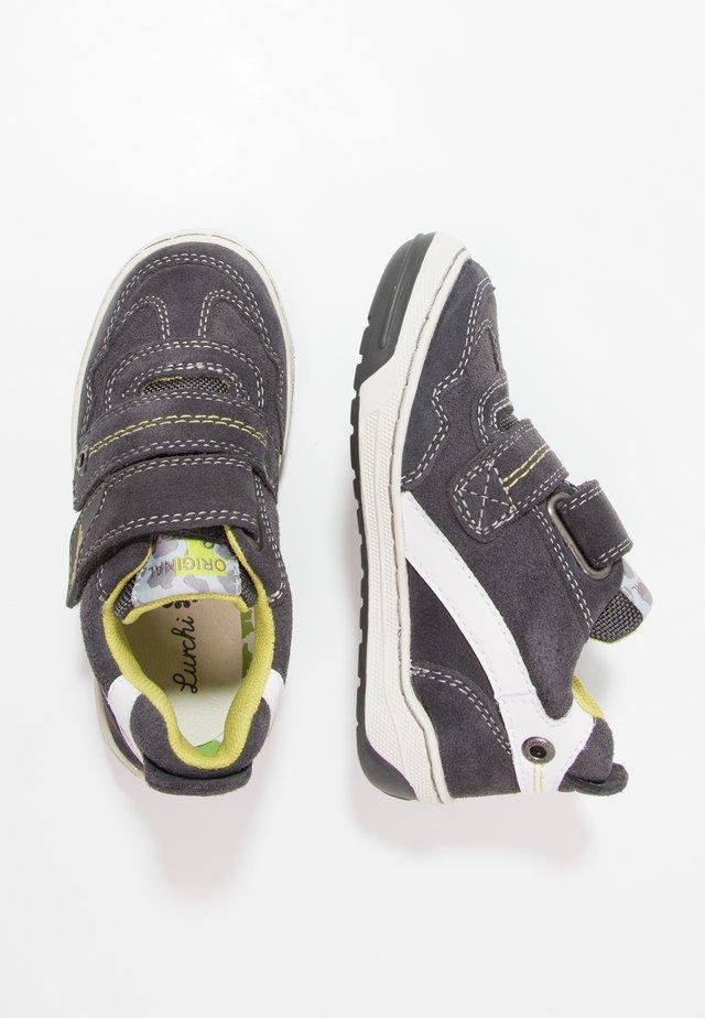 BRUCE - Chaussures à scratch - charcoal/white