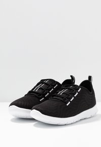 Cloudsteppers by Clarks - STEP ALLENA GO - Sneakers basse - black - 4
