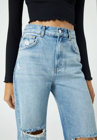 PULL&BEAR - Flared Jeans - blue - 3