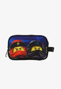 Lego Bags - TOILETRY BAG - Handbag - Urban Red/Black - 1