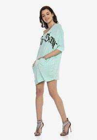 Cipo & Baxx - Jersey dress - mint - 4