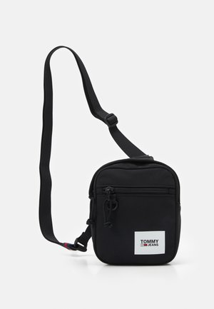URBAN ESSENTIALS CHEST BAG - Bum bag - black