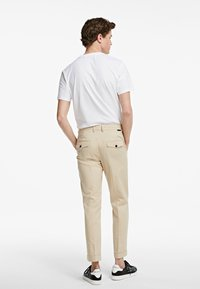 KARL LAGERFELD - TWILL  - Kalhoty - beige - 2