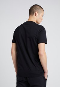 PS Paul Smith - SLIM FIT - Basic T-shirt - black - 2