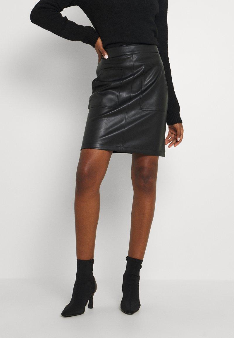 NA-KD Tall - POCKET DETAIL SKIRT - Minigonna - black