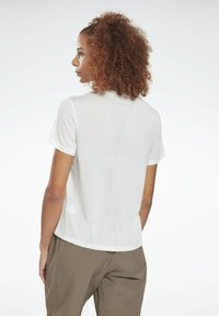 Reebok - WORKOUT READY SPEEDWICK - Print T-shirt - white - 2