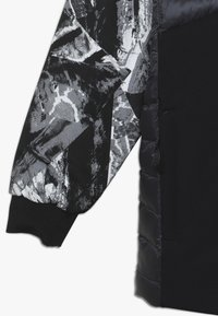 Spyder - BOYS DYLAN - Ski jacket - black - 2