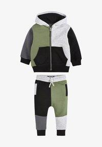 Next - SET - Zip-up hoodie - khaki - 0