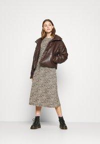 ONLY - ONLZILLE NAYA SMOCK DRESS - Korte jurk - black - 1