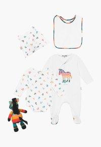 Paul Smith Junior - AUBERTIN SET - Baby gifts - white - 1