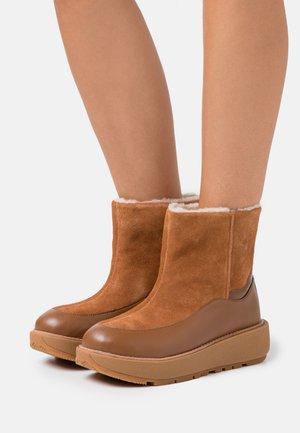 ELIN - Platform ankle boots - light tan