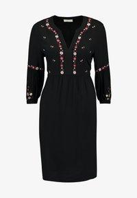 JoJo Maman Bébé - EMBROIDERED DRESS - Denní šaty - black - 4