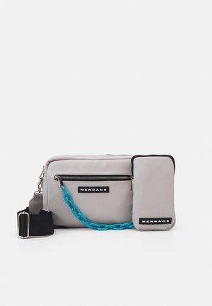 CHAIN DOUBLE BAG SET UNISEX - Sac bandoulière - grey