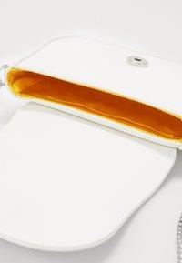 Esprit - DANIELLESB - Across body bag - white - 4