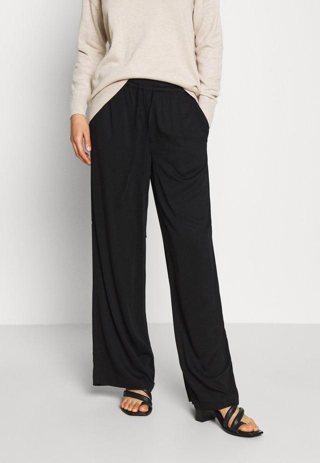 YVETTE - Pantalon classique - black