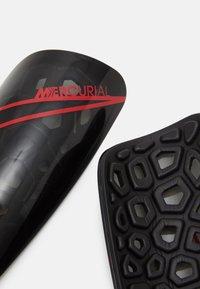 Nike Performance - MERCURIAL LITE UNISEX - Shin pads - black/chile red - 3