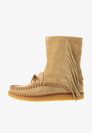 FRINGE MID CHANNING - Classic ankle boots - camel