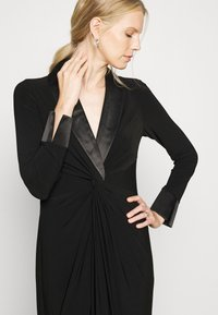 Adrianna Papell - TWIST TUXEDO GOWN - Jersey dress - black - 4