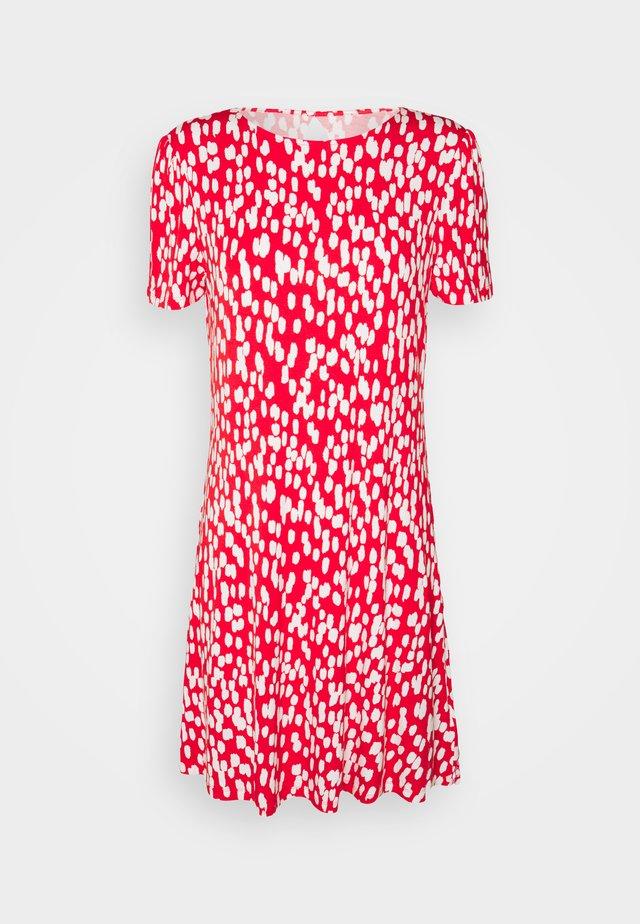 PRINT SWING DRESS - Sukienka z dżerseju - red
