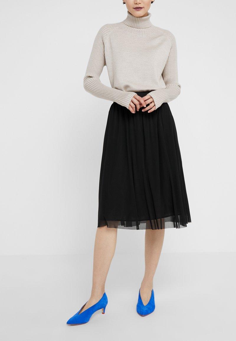 Bruuns Bazaar - THORA VIOLET SKIRT - Áčková sukně - black